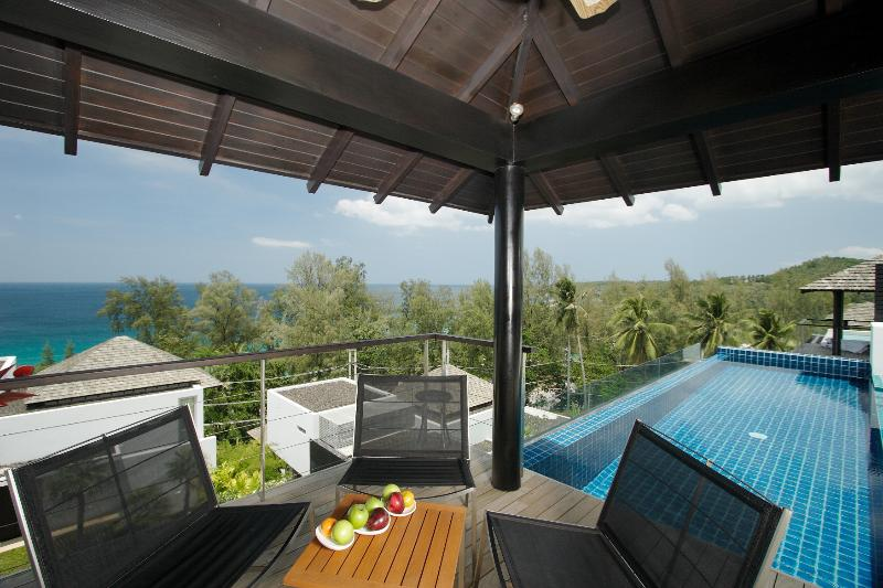 Sea View 3 bedroom villa in Surin - Image 1 - Phuket - rentals