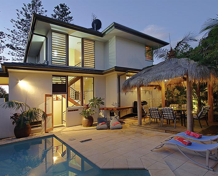 CLARKES  |  Byron Bay Beach Houses - Byron Bay Beach Houses - Byron Bay Accommodation - Byron Bay - rentals