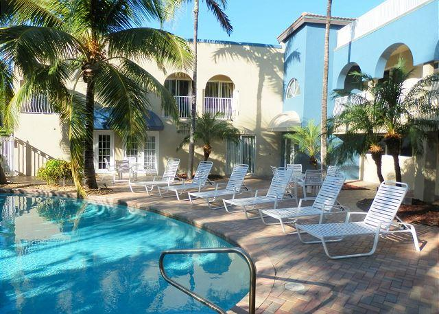 Blue Ocean Villas III Oceanfront 4 bedrooms Heated Pool - Image 1 - Pompano Beach - rentals