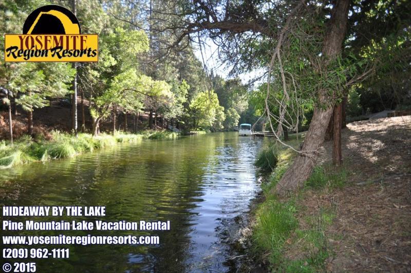Creekside, Unit 4 Lot 82. Note: boat in photo belongs to a neighor. - 1/2m> Lake Lodge Beach Sleeps12 WIFI 25m> Yosemite - Groveland - rentals