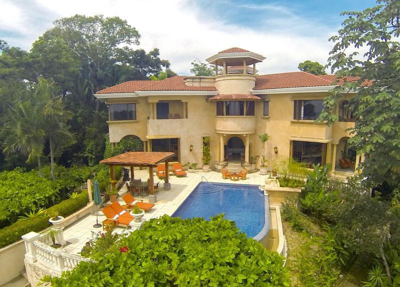 Villa Vigia (ocean side) - Villa Vigia: 4-Bed Private Villa w/ Awesome Views! - Manuel Antonio National Park - rentals