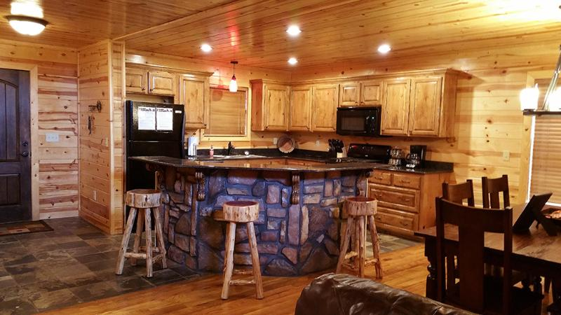 Hilltop Castle Wood - Image 1 - Broken Bow - rentals