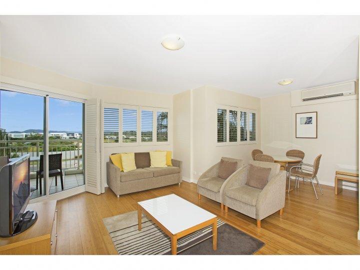 MAN1230 2 BEDROOM RESORT APARTMENT - Image 1 - Kingscliff - rentals