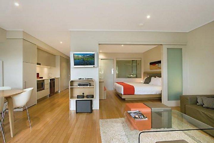 PEP6114 TWO BEDROOM SPA SUITE PLUNGE POOL - Image 1 - Kingscliff - rentals