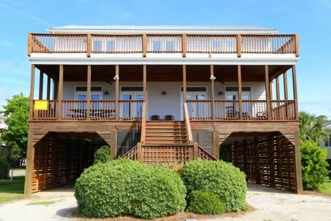 "2204 Palmetto Blvd.- ""Loafer's Glory"" - Image 1 - Edisto Beach - rentals"