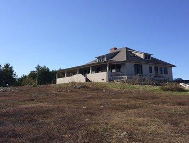 Buck's Harbor Hilltop House - New! - Image 1 - Brooksville - rentals