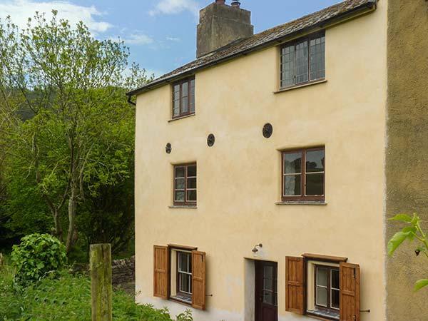 MILLER'S COTTAGE, woodburner, pet-friendly, riverside cottage, Newton Abbot, Ref. 923183 - Image 1 - Newton Abbot - rentals