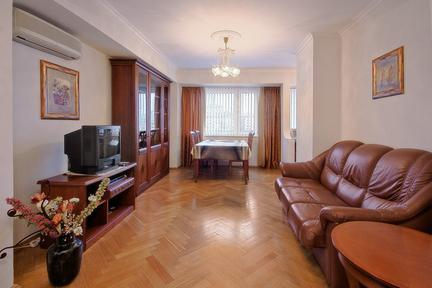 Premium 2 bedroom apartment in Moscow - 1107 - Image 1 - Moscow - rentals