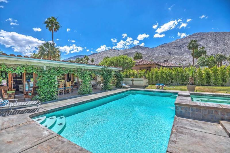 Villa de Palmeras - Image 1 - Palm Springs - rentals