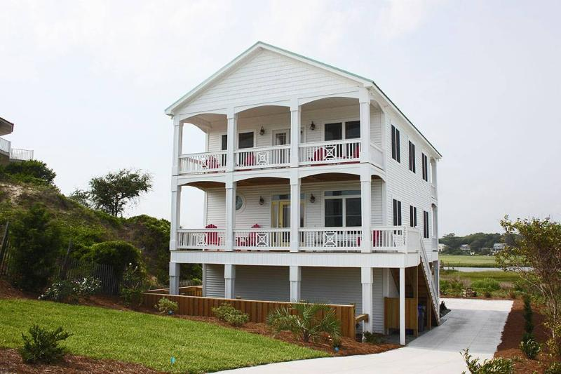 Change of Pace 2324 West Dolphin Drive - Image 1 - Oak Island - rentals