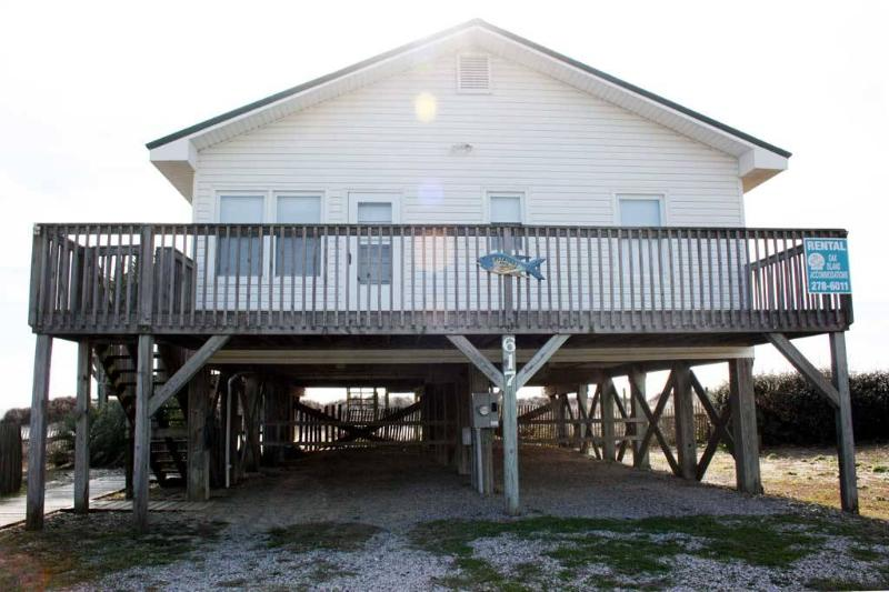 Pleasant Days  617 East Beach Drive - Image 1 - Oak Island - rentals