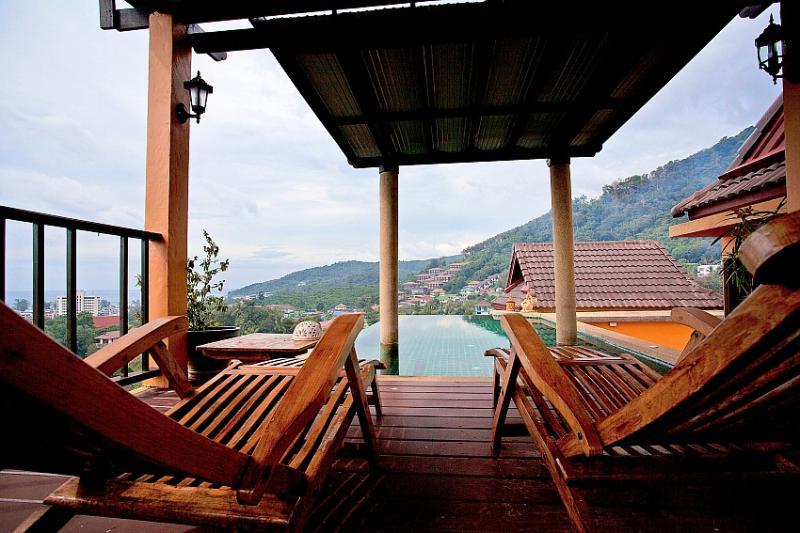 Elevated sea view 3 bed villa at Karon - Image 1 - Ban Khok Chang - rentals