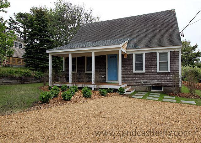 Adorable Cape Style Home Close to Town - Image 1 - Edgartown - rentals