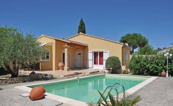 FR-1082333-Cabannes - Image 1 - Saint-Andiol - rentals