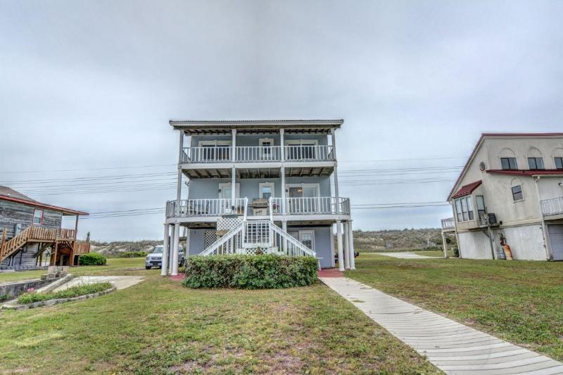 View from canal side - Incredible Ocean View: Totally unobstructed! Deep water canal! The Best of Both - Sneads Ferry - rentals