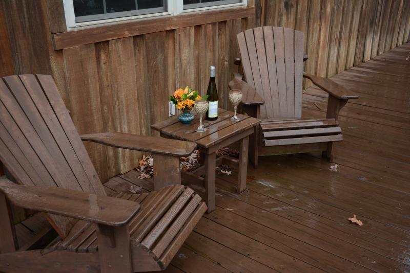 Enjoy evening glass of wine on large decks - Large Lakefront House-Perfect for family reunions - Heber Springs - rentals