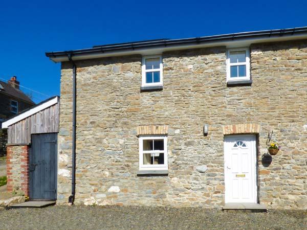 NO 1, semi-detached farm building conversion, WiFi, enclosed courtyard, near Llanllwni, Ref 924419 - Image 1 - Llanllwni - rentals