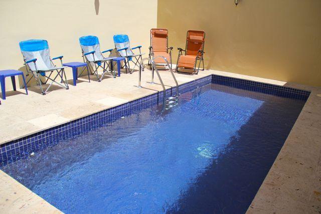 Private pool with loungers at Casa Viva. - Casa Viva - Mazatlan - rentals
