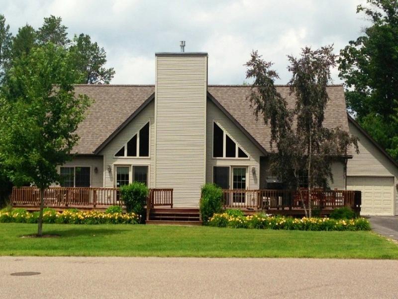 Berry Bear Depot at Spring Brook Resort - Image 1 - Wisconsin Dells - rentals