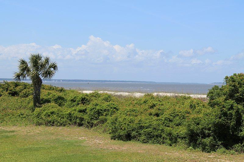 Lighthouse Point Beach Club - Unit 36A - Swimming Pools - Tennis Courts - FREE Wi-Fi - Image 1 - Tybee Island - rentals