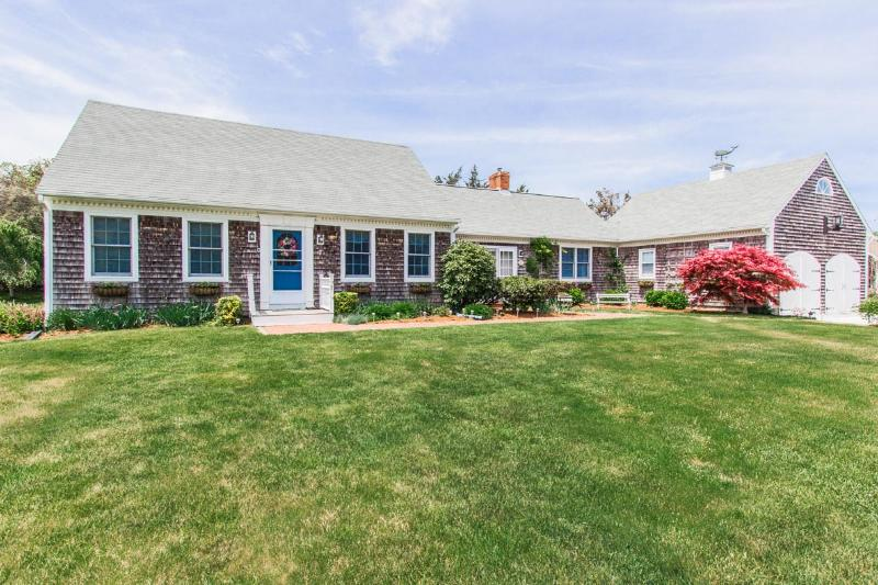 KANIR - Kitts Field, Walk or Bike to Town, Wifi, Beaches Nearby - Image 1 - Edgartown - rentals