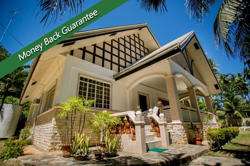Front of Panglaovilla - Panglao Villa Bohol with swimming pool perfect for family reunion - Panglao - rentals