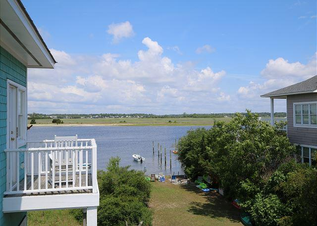 Channel Chants -  Enjoy the beautiful sound views from this South End home - Image 1 - Wrightsville Beach - rentals