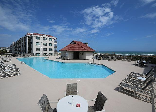 DR 1110 - Wonderful first floor spacious oceanfront condo near the pool - Image 1 - Wrightsville Beach - rentals