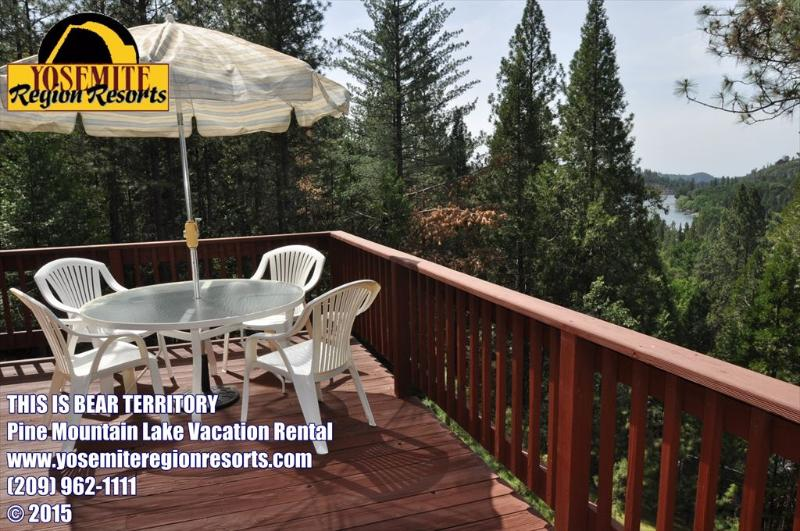 Unit 4 Lot 265 Pine Mountain Lake LakeView Vacation Rental, This Is Bear Territory - Lakeview PoolTable PingPong 1m>Beach 25m>Yosemite - Groveland - rentals