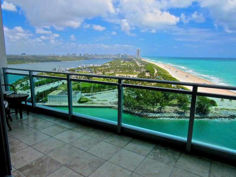 private balcony from the living room - 2-bedroom OCEANVIEW SUITE Ritz Carlton Bal Harbour - Bal Harbour - rentals