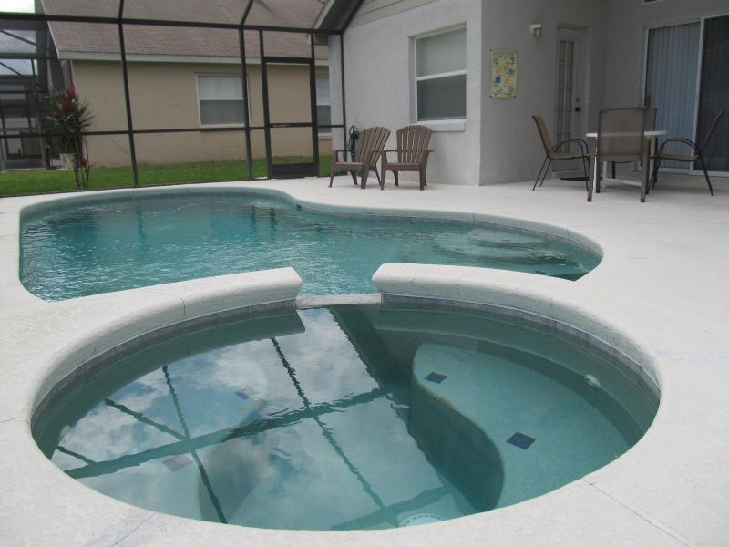 South facing pool. Indian Creek 4 bedroom Home just 3 miles from Disney - Image 1 - Davenport - rentals