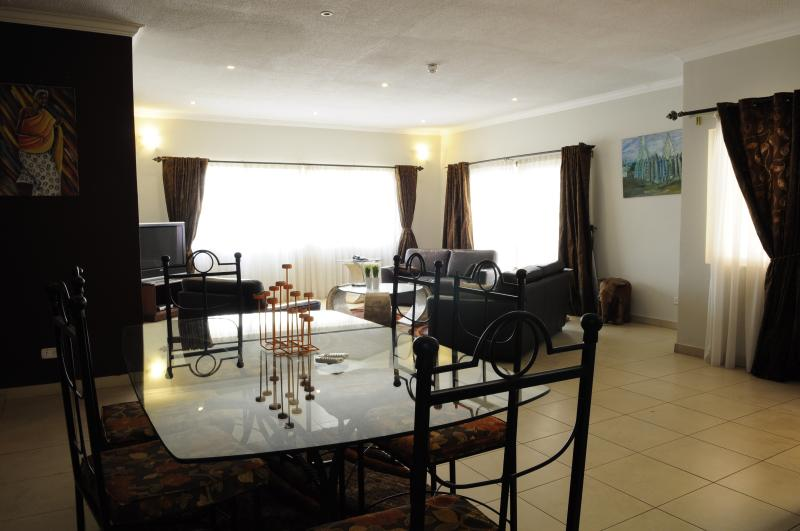 T.N. Hospitality Executive AptHotel-{3-BRs} - Image 1 - Accra - rentals