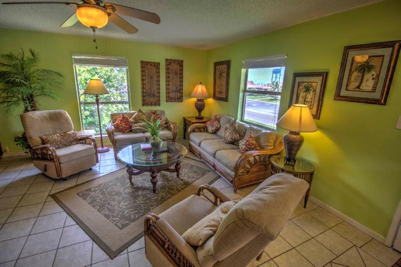 Great for Large Groups! - Image 1 - South Padre Island - rentals