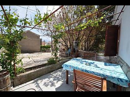H(4): terrace - 5385  H(4) - Vrbnik - Vrbnik - rentals