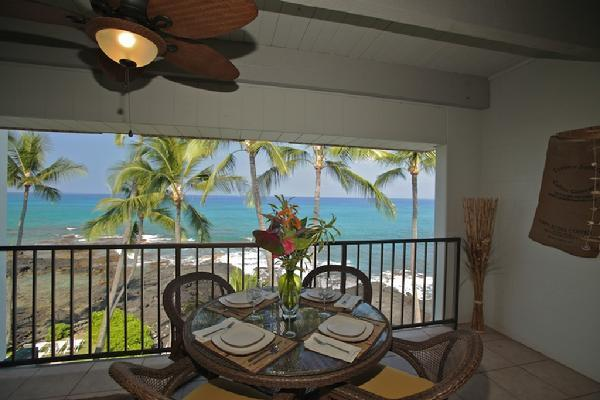 Lanai Dining - Seating for 4, But Extra Chairs Inside! - 4th Floor Oceanfront Condo #422 with Awesome View! - Kailua-Kona - rentals