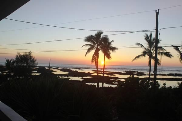 sunrise from lanai - Budget Rental with Four Star Ocean View - Pahoa - rentals