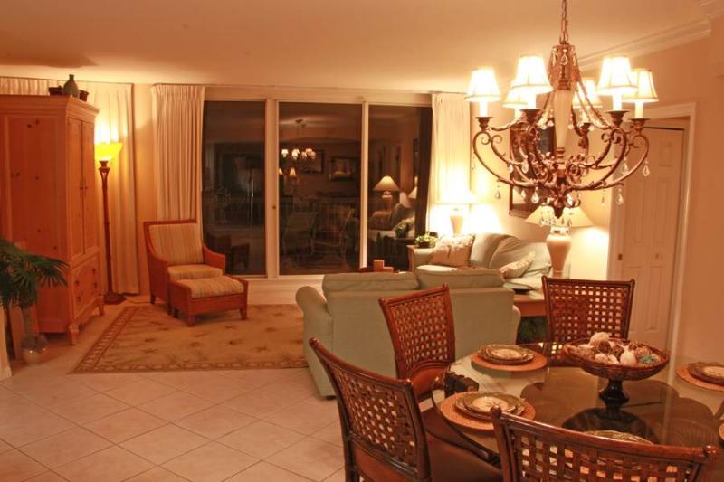 Silver Shells Beach Resort M1106 - Image 1 - Destin - rentals
