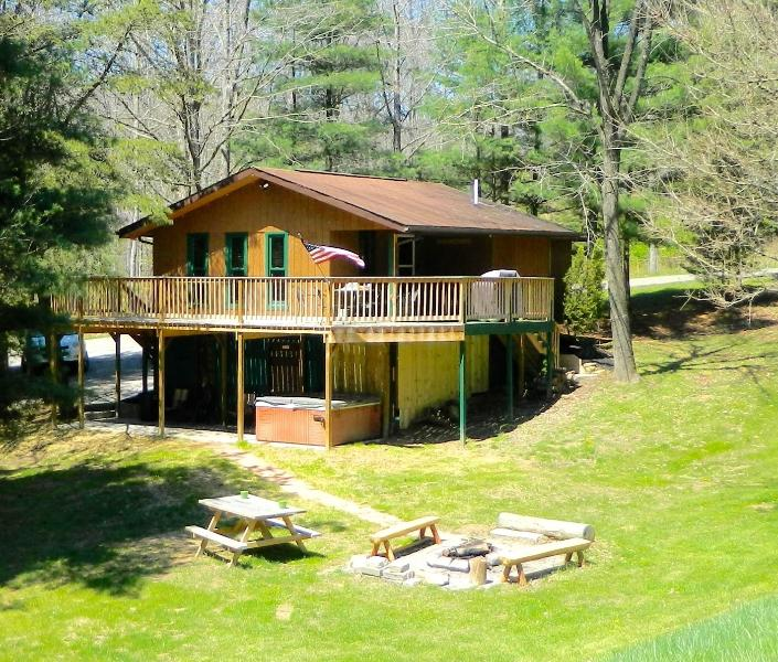 1st Choice Cabin - White Tail - Hocking Hills Ohio - Image 1 - Logan - rentals