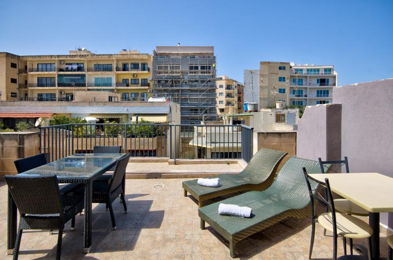 038 Stunning Views Sliema 2-bedroom Penthouse - Image 1 - Sliema - rentals