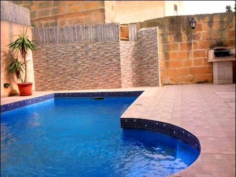 pool area - 5 Bedroom dupex maisonette with private pool. - Xaghra - rentals