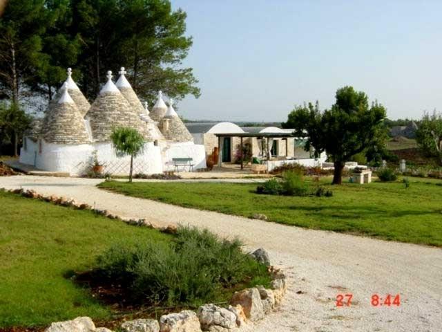 Casa Itria villa casa rental apulia italy near bari brindisi - Image 1 - Cisternino - rentals
