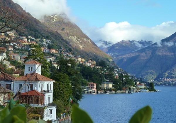 Villa Cernobbio villa on Lake Como, villa rental Lake Como Italy, Villa to hire - Image 1 - Moltrasio - rentals