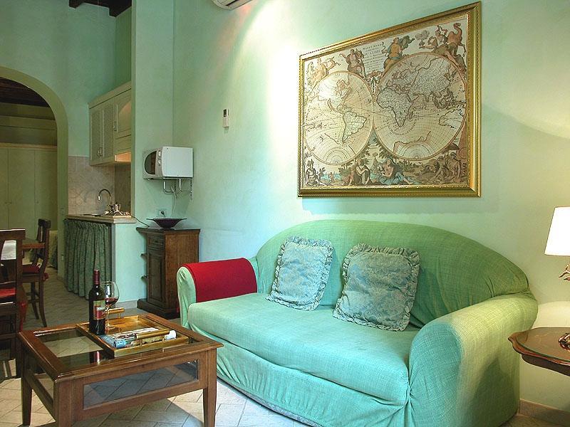 Palazzo Tritone 1 Palazzo Tritone 1 - Image 1 - Rome - rentals