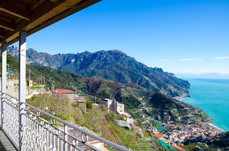Apartment Rossa vacation holiday apartment rental italy, amalfi coast, ravello - Image 1 - Ravello - rentals