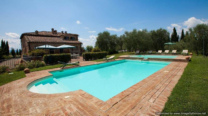 Asciano Delight - Le Four Asciano villa with views, Tuscan villa to let, self - Image 1 - Asciano - rentals