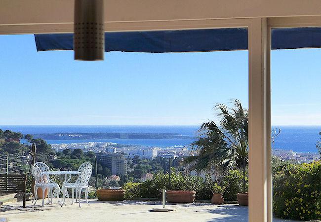 Cannes Côte d'Azur, Luxury apartment 6p, private pool & garden - Image 1 - Le Cannet - rentals