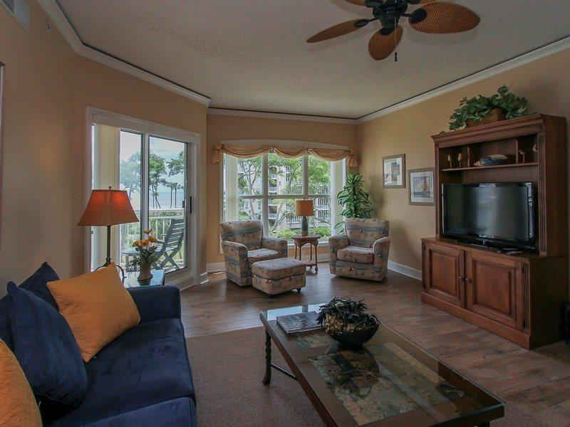 5303 Hampton Place is a beautiful 2 bedroom oceanfront villa rental in Palmetto Dunes - 5303 Hampton Place - Hilton Head - rentals