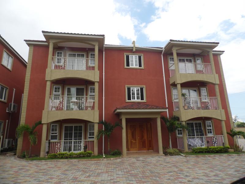 New 2 Bedroom Apt. in New Kingston - Image 1 - Kingston - rentals