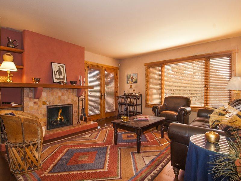 Living Room - Vista Miramonte - Santa Fe - rentals
