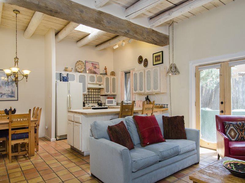 Great Room  - Sunny and Warm Casita at Las Brisas - Santa Fe - rentals